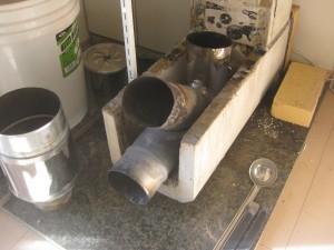 自作ロケットストーブの燃焼室の構造
