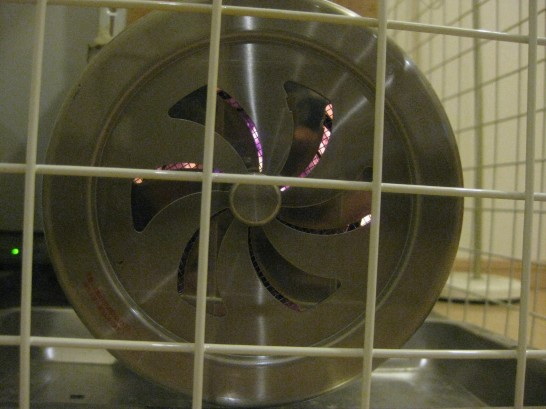 ロケットストーブが安定した燃焼をしている時の下側の吸入口